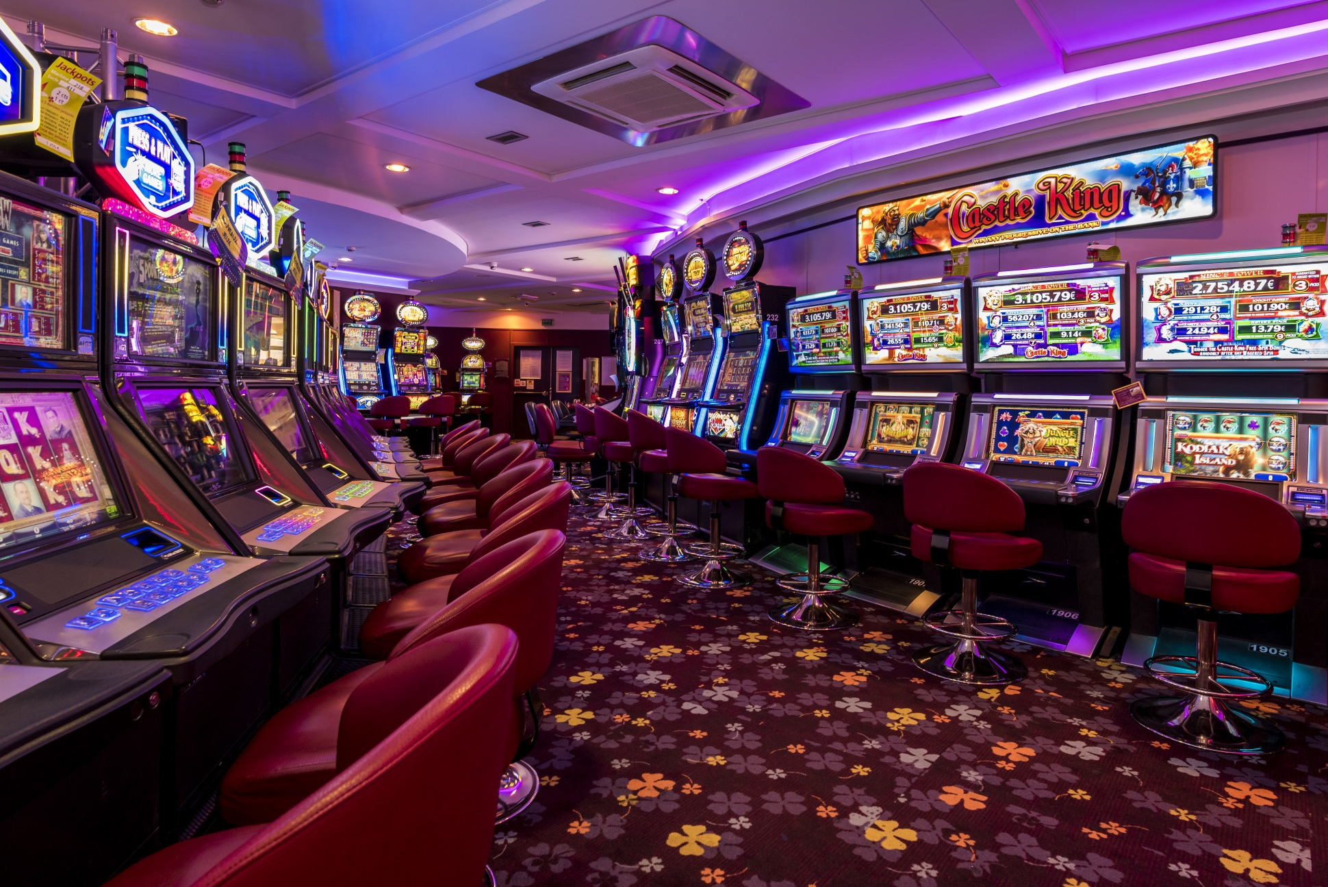 Things to Check Out Before Playing Online Slots Game